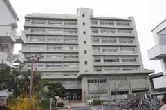 広島大学薬学部