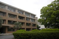 熊本大学薬学部